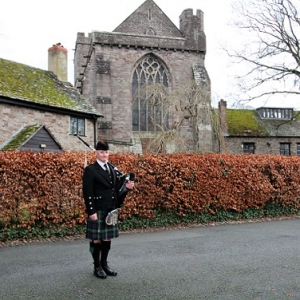 Funeral, Bagpiping, Brecon-Cathedral,