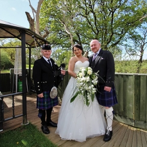 Gower, Weddng, Bagpipes