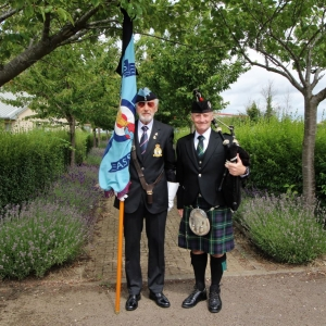 Coney-Hill-Gloucs, Funeral, Bagpipes,