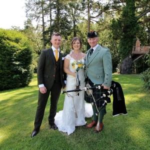 Rhosygilgwen-Pembs, Wedding, Bagpipes,