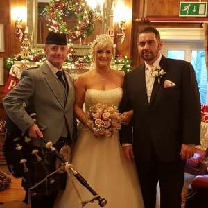Peterstone-Court, Wedding-Bagpipes,