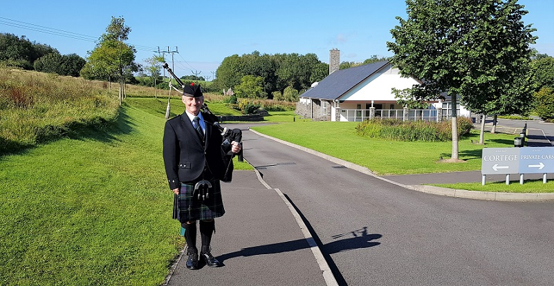 Funeral-Bagpipes, Barry-Crematorium,