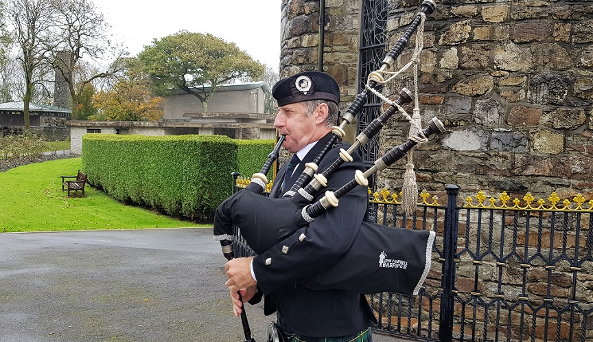 Funeral-Bagpipes, Coychurch-Crematorium-Bridgend,