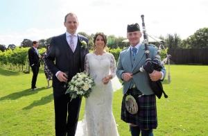 Wedding-Bagpipes-Cardiff-Llanerch-Vineyard,