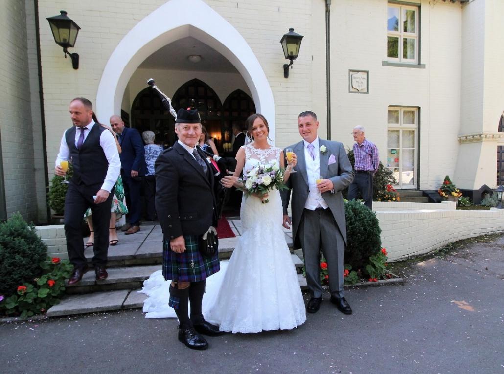 Glen-Yr-Afon-Wedding-Bagpipes-Sarah-Marc,