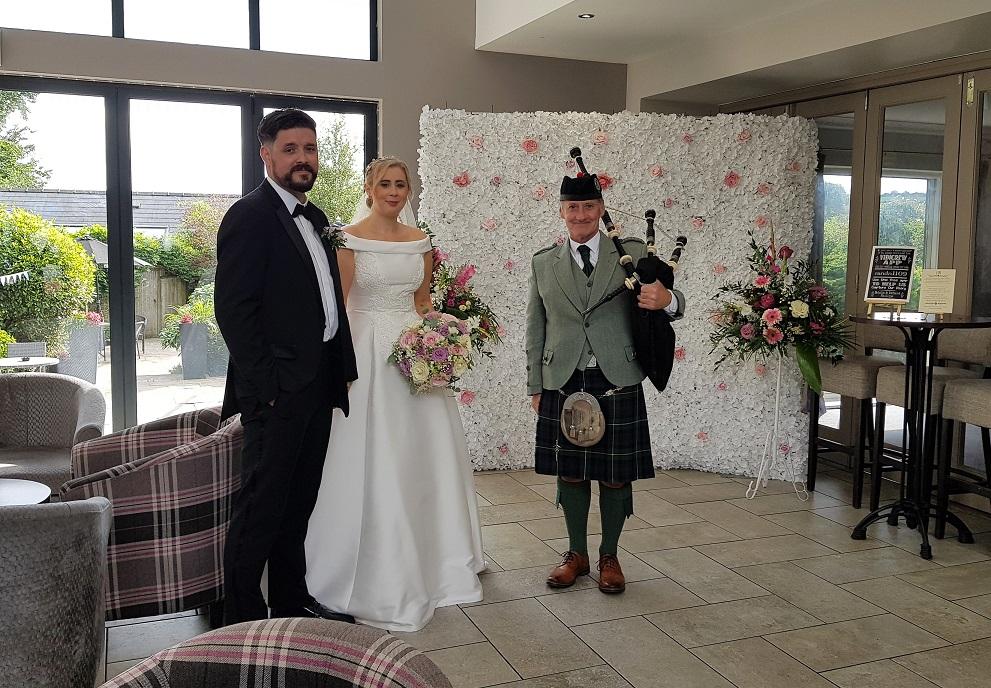 Wedding-Bagpipes-Pembs-Natalie-Richard,
