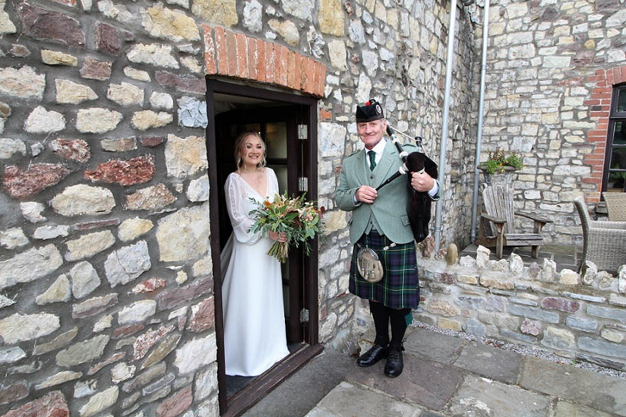 Wedding-Bagpipes, Pencoed-House, Megan-Thomas,
